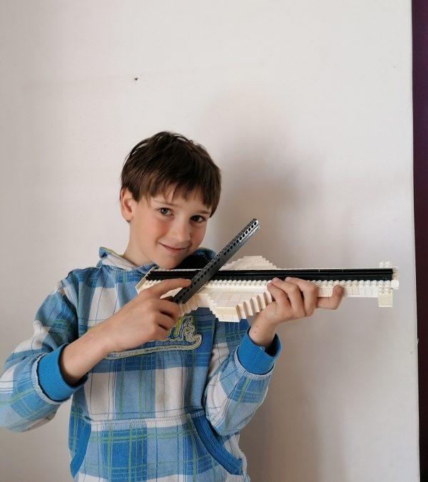 LEGO violina – Lovro Hitrec